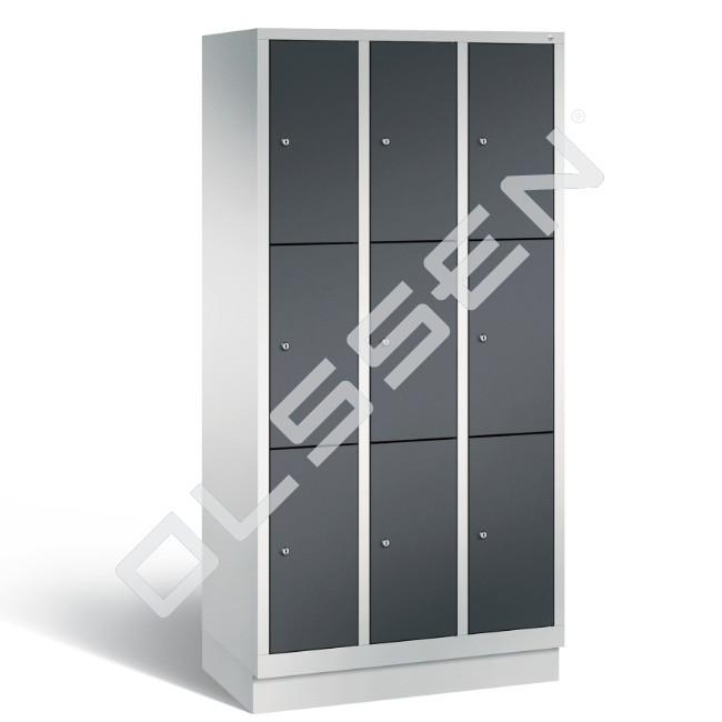 Polar metalen locker met 9 vakken 30 cm breed per vak for Ladenblok 30 cm breed