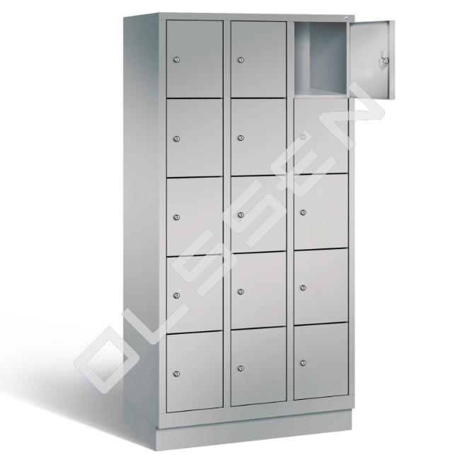 Polar metalen locker met 15 vakken 30 cm breed per vak for Ladenblok 30 cm breed