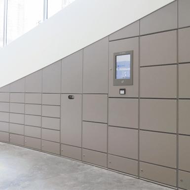 Elektronische-lockers-kantoor-Jacobs-Londen-Houten-lockers